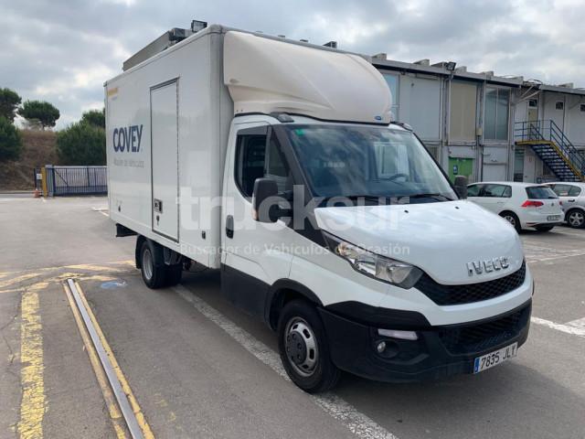 furgone box IVECO 35C15 GV