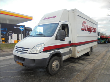Furgone box Iveco DAILY 60C18