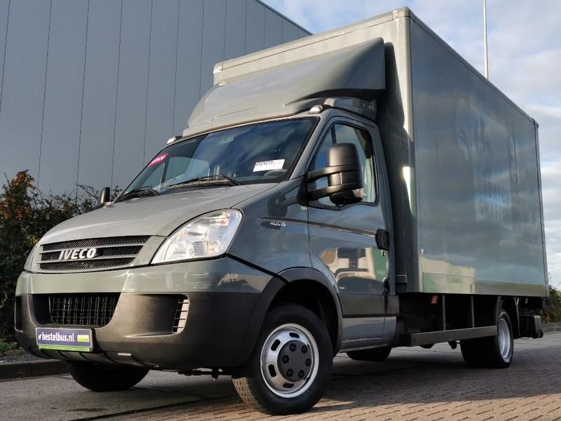 furgone box Iveco Daily 40 c18 laadklep 3.0 ltr