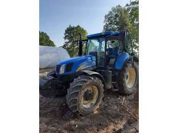 Trattore agricolo New Holland T6080