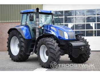 New Holland TVT 190 - trattore agricolo