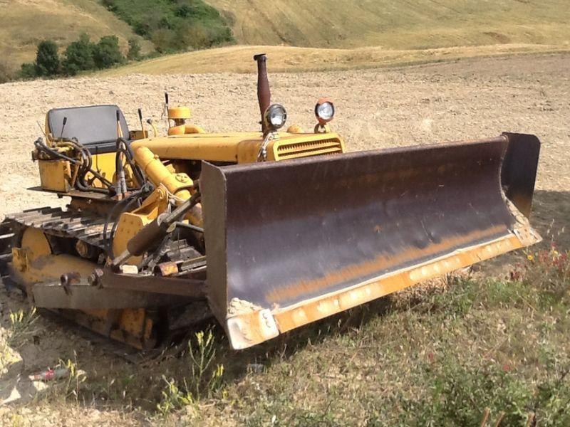 usato fiat ad7 bulldozer in vendita, prezzo 6000 eur acquista