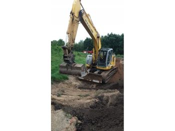 NEW HOLLAND KOBELCO E235B - escavatore cingolato