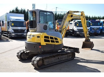 Escavatore cingolato New Holland KOBELCO E 50 B SR