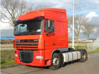 DAF XF 105.460 SPACECAB MANUAL - trattore stradale