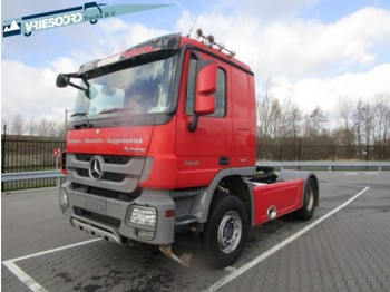 Mercedes-Benz 1946 LS Actros - trattore stradale