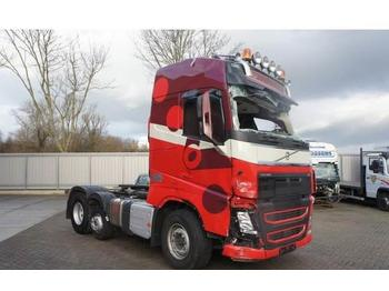Volvo FH4-460 / GLOBETROTTER / AUTOMATIC / 6X2 / EURO-6  - trattore stradale