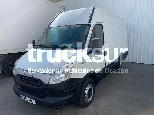 furgone box Iveco 35S13